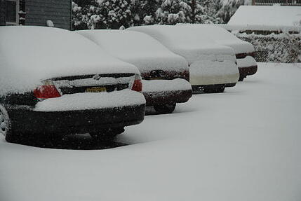 snow_covered_car